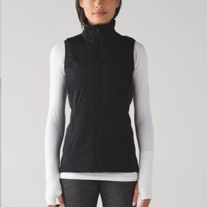 Lululemon Run for Cold vest size 6 EUC